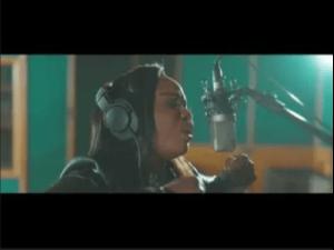 Jub Jub ft Xolly Mncwango & iComplete – Ngi Thembe Wena Video