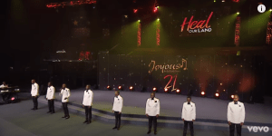 Joyous Celebration – Unkulunkulu Wezimanga (Live at the Potter's House, Dallas, Texas)